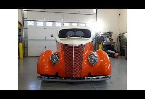1937 Ford Coupe, clean head turner (photo slideshow)