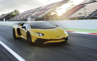 lamborghini-media-center-aventador-lp-750-4-superveloce