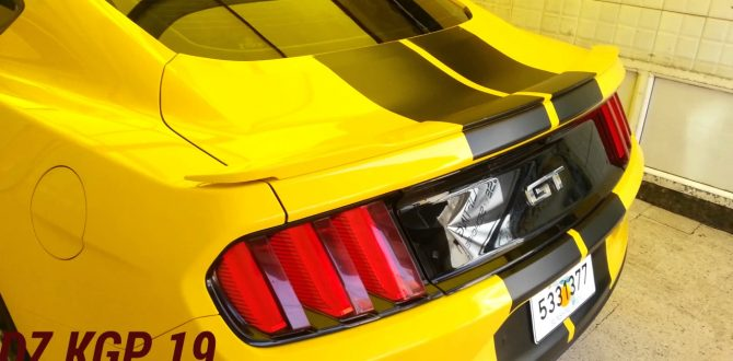 YELLOW FORD MUSTANG GT 5